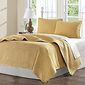 Hampton hill calypso cotton quilted coverlet for Quilted kitchen set