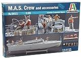 Italeri 5611S M.A.S. Crew and accesories - Maqueta de barco con tripulacin y accesorios (escala 1:35) [importado de Alemania]