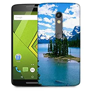 Snoogg Christmas Trees And River Designer Protective Phone Back Case Cover For Motorola Moto X Play