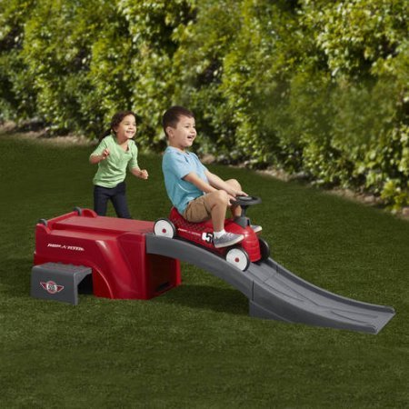 Radio Flyer 500 Ride-On with Ramp, Red (Radio Flyer Classic Car compare prices)