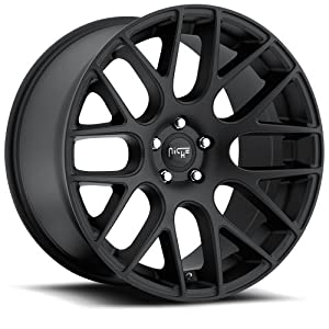 Niche Circuit 20 Black Wheel / Rim 5×120 with a 40mm Offset and a 72.60 Hub Bore. Partnumber M110200021+40