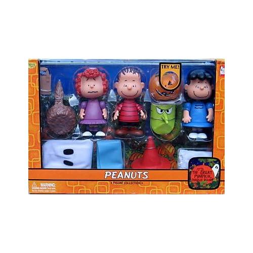 Amazon.com: Great Pumpkin Charlie Brown Action Figure Box set, Freida