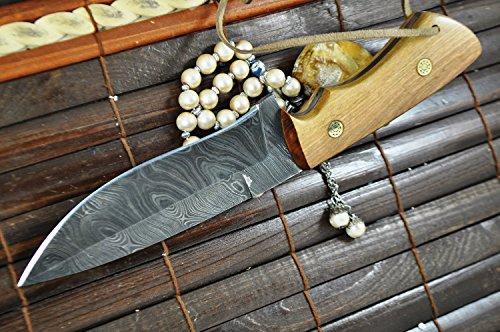 Hunting Knife - Handmade Damascus Hunting Knife Full Tang - Work of Art