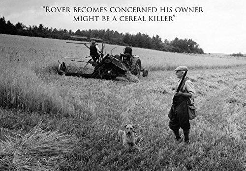 """Cartolina di auguri A5 con immagine di cacciatore con il cane e trebbiatrice, in bianco internamente con busta; """"Rover becomes concerned his owner is a cereal killer"""""""