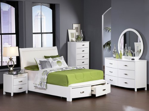 Lyric 5 Pc Eastern King Bedroom Set With 2 Nightstand By Homelegance In White