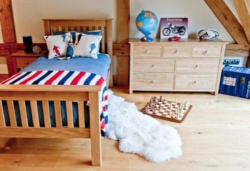Somerset Oak Furniture bedroom furniture single 3ft high end bed 2 bedside cabinet