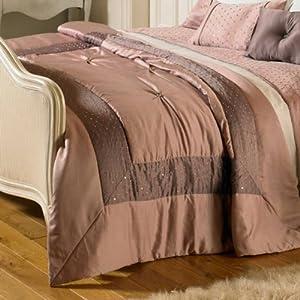 riva home designed for life jet de lit matelass romantica ornement satin couleur bruy re. Black Bedroom Furniture Sets. Home Design Ideas