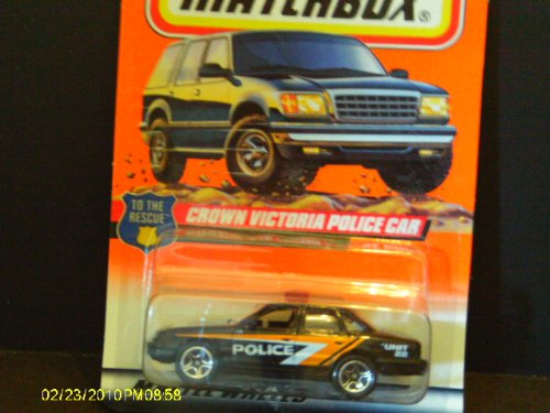 Matchbox #28 Crown Victoria Police Car Blk/Yellow/White - 1