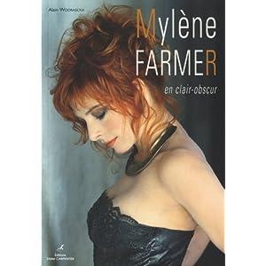 Mylène Farmer en clair-obscur