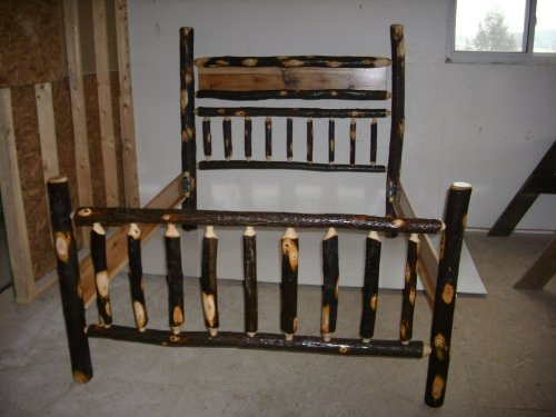 Rustic Hickory Log Bed Set, Deer Woodburn - King