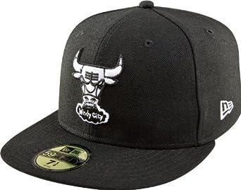 NBA Chicago Bulls Hardwood Classics Basic Black and White 59Fifty Cap, Black, 6 3/4