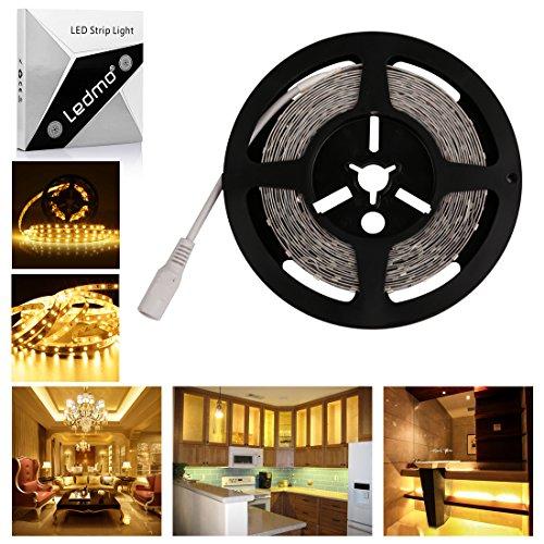 LEDMO Warmweiß Streifenlicht 5m Länge flexible LED Streifen mit 300 LEDs (SMD2835), LED Strip für Küchenschrank Schlafzimmer Startseite dekorative Beleuchtung Innenraum
