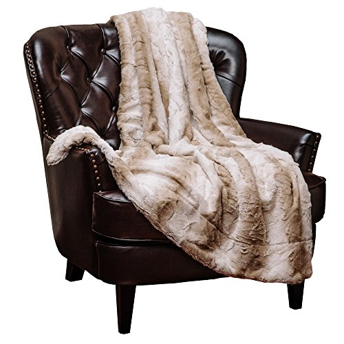 Chanasya Super Soft Cozy Falling Leave Pattern Fuzzy Fur Throw Blanket -