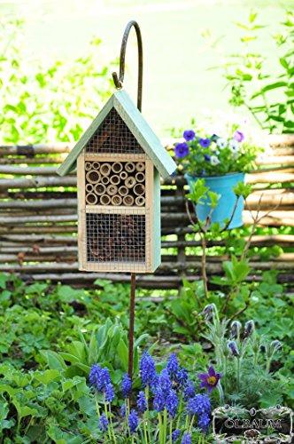 insect-hotel-and-stock-shepherd-hook-holder-mms-moss-green-nesting-box-butterflies-bees-ladybird-mat