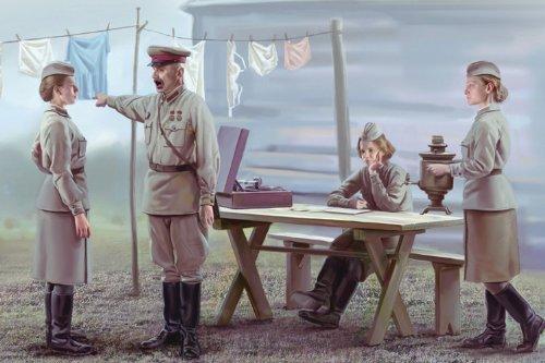 ICM 露 女性兵士休息セット4体 1939-1942 1/35 35621