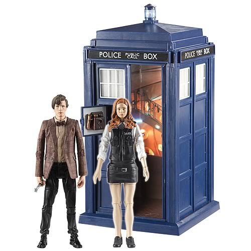 Doctor Who A Christmas Carol 2010 Christmas Special Action Figure Set (includes the Eleventh Doctor, Amy Pond as Policewoman & TARDIS)