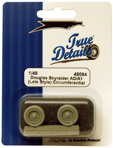 True Details Douglas Skyraider AD/A1 Wheel Set (Late Style)