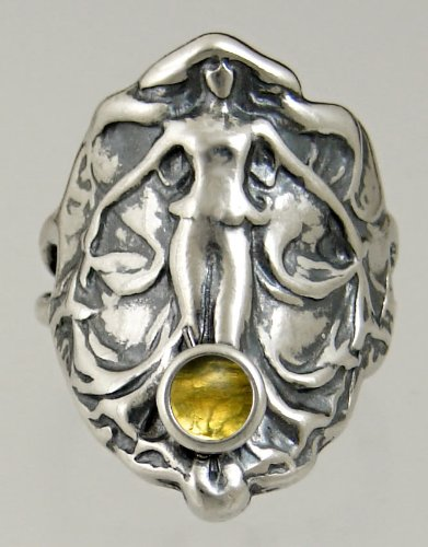 An Elegant Sterling Silver Lady of the Realm Ring Featuring a Lovely Citrine Gemstone