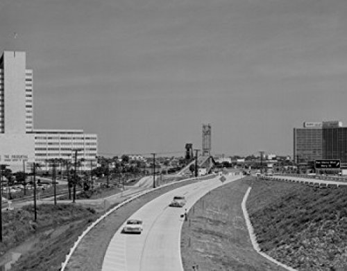 usa-florida-jacksonville-st-elmo-west-acosta-bridge-prudential-building-on-left-poster-6096-x-9144-c