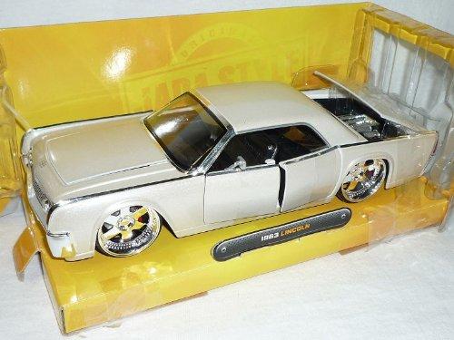 Lincoln Continental 1963 Coupe Weiss Tuning 1/24 Jada Modellauto Modell Auto SondeRangebot