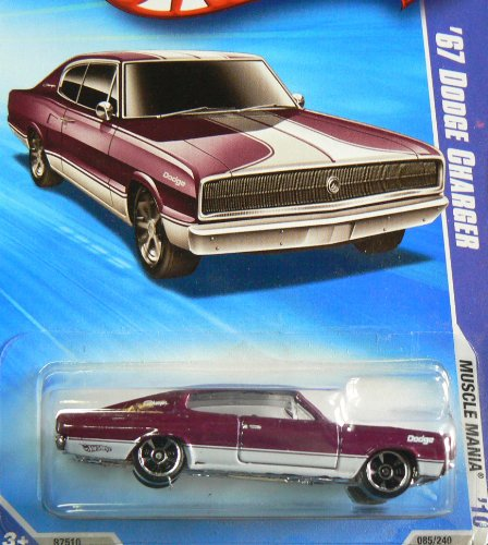 Hot Wheels 2010-085/240 Muscle Mania 07/10 '67 Purple DODGE CHARGER 1:64 Scale