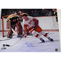 Gordie Howe Autographed Detroit Red Wings 16x20 Color Photo with MR HOCKEY Inscription