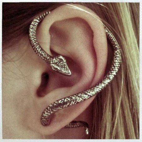 ANTIQUE SILVER SNAKE WRAP EAR CUFF