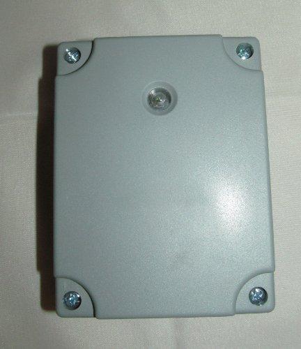 weatherproof-light-sensitive-outdoor-security-timer-switch