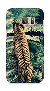 Amez designer printed 3d premium high quality back case cover for Samsung Galaxy S7 Edge (Tiger crossing the river)