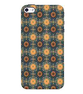 PrintDhaba Pattern D-5388 Back Case Cover for APPLE IPHONE 5 (Multi-Coloured)