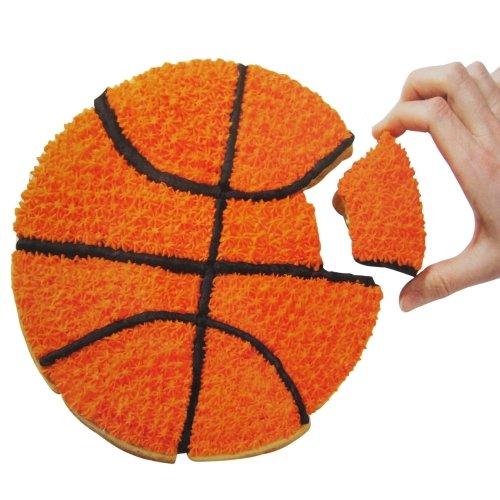Roshco Sports Ball Pull Apart Silicone Cupcake Mold (1)