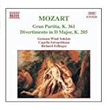 Mozart: Gran Partita / Divertimento, K. 205