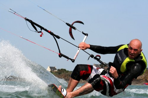 The Ultimate Beginners Guide To Kitesurfing