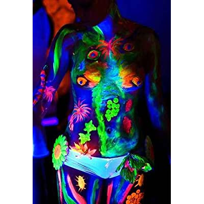 Tatuajes de la luz Negra