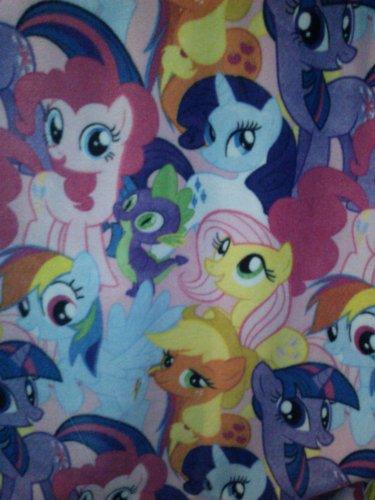 My Little Pony Rairity, Apple Jack, Pinkie Pie, Rainbow Dash, Fluttershy And Even Spike ! Fleece Blanket front-929065