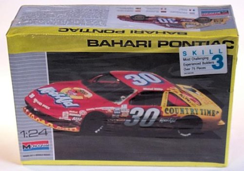 Bahari Pontiac Grand Prix #30 (1990) Model Kit - 1