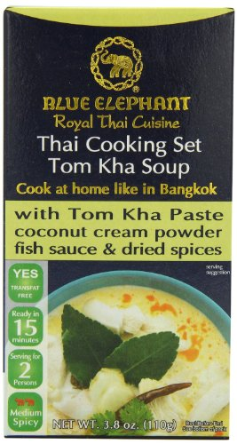 Blue Elephant Royal Thai Cooking Set Curry, 3.8 Ounce 110G (Tom Kha Soup, 3.8 Ounce)