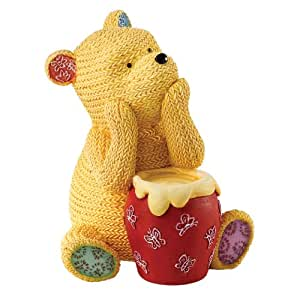 classic pooh figurine en tricot winnie l 39 ourson home kitchen