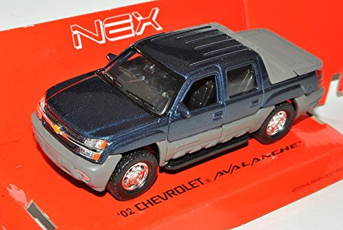 chevrolet-chevy-avalanche-2002-pick-up-blau-ca-1-43-1-36-1-46-welly-modell-auto
