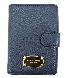 Michael Kors Jet Set Passport Case Pebbled Leather Navy color