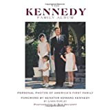 The Kennedy Family Album: Personal Photos of America's First Familypar Linda Corley