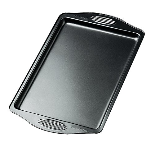 Wilton Excelle Elite 13 1/4 By 9 1/4 Inch Small Cookie Sheet