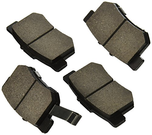 StopTech 309.05370 Street Performance Rear Brake Pad (2007 Honda Accord Rear Brake Pads compare prices)