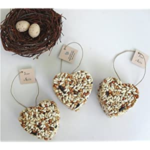 wedding reception decoration ideas, bird seeds heart decoration