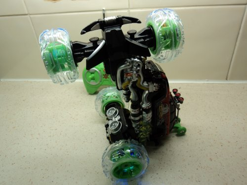 Radio Control Monster Stunt Truck 360 degree / 8 function / dancing / light up