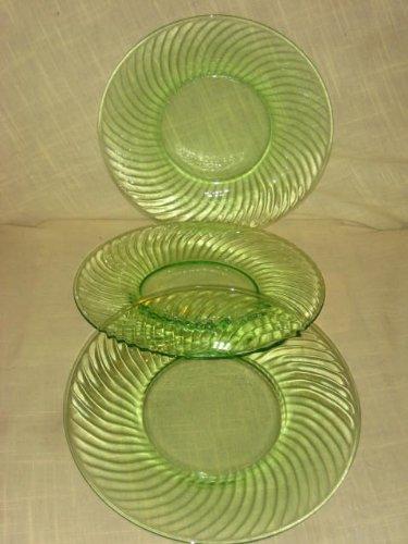 SET OF 3 - Anchor Hocking Green Depression Glass Swirl 8 1/2 Inch Luncheon Plates