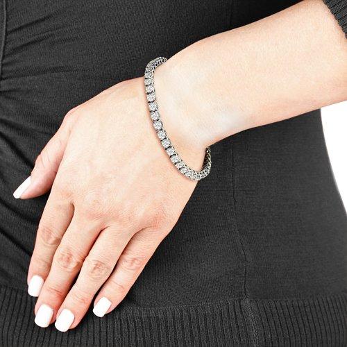 Impressive 10 Carat Diamond Round Setting Tennis Bracelet
