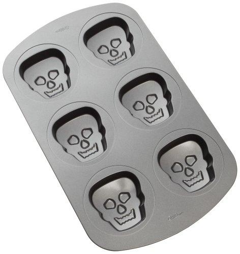 Wilton Haunted Manors 6-Cavity Pan