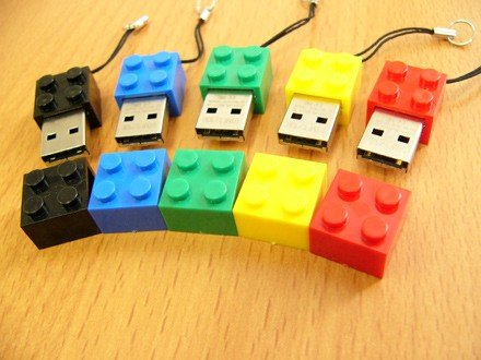 Lego Style 4GB USB Drive RED