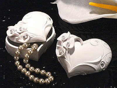 White Heart Shaped Jewelry Box